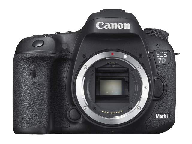 EOS 7D Mark II 正面