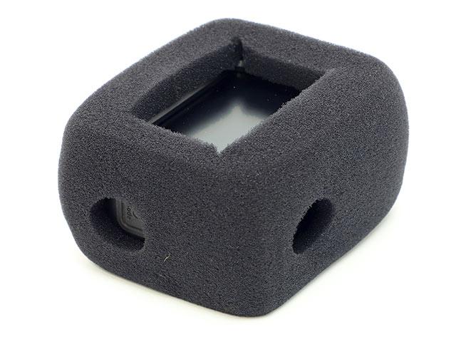 GoPro用アクセサリー 防風スポンジ取り付けイメージ液晶側